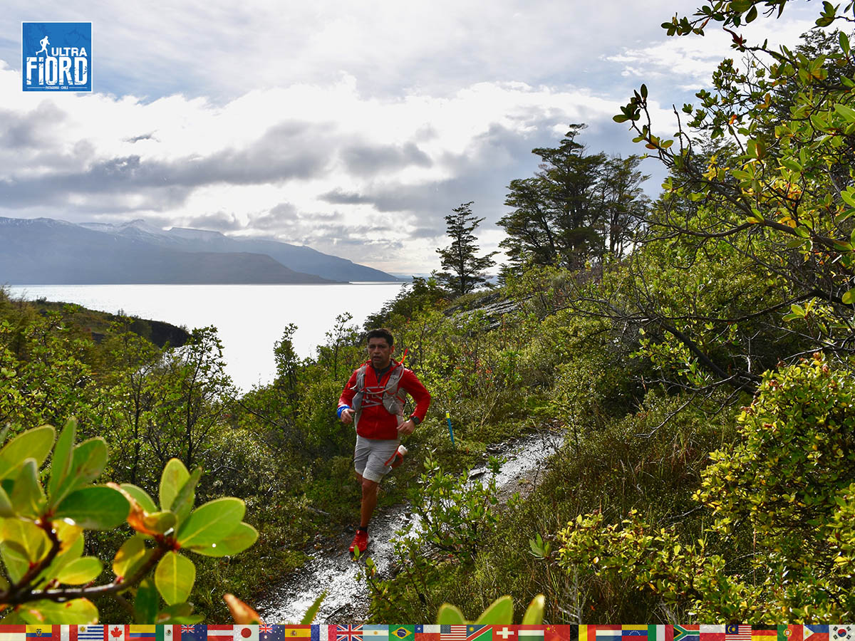 utf1904algo1259FB; Ultra Trail Running in Patagonia, Chile; Ultra Fiord Fifth Edition 2019; Torres del Paine; Última Esperanza; Puerto Natales; Patagonia Running Ultra Trail; Alejandro González