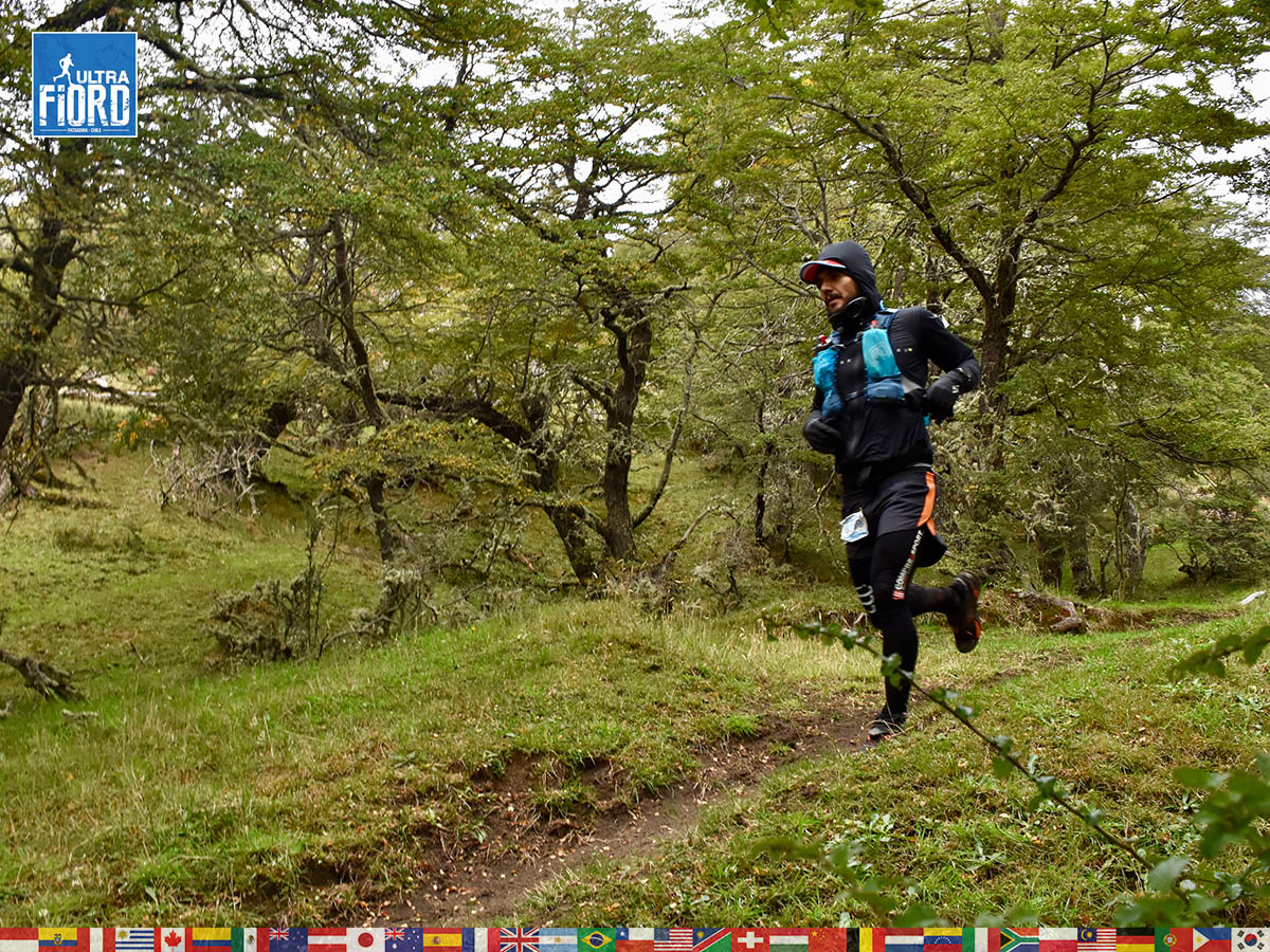 utf1904algo2045FB; Ultra Trail Running in Patagonia, Chile; Ultra Fiord Fifth Edition 2019; Torres del Paine; Última Esperanza; Puerto Natales; Patagonia Running Ultra Trail; Alejandro González