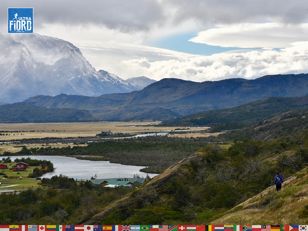 utf1904algo2122FB; Ultra Trail Running in Patagonia, Chile; Ultra Fiord Fifth Edition 2019; Torres del Paine; Última Esperanza; Puerto Natales; Patagonia Running Ultra Trail; Alejandro González