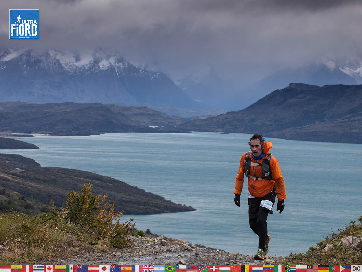 utf1904clsi0015FB; Ultra Trail Running in Patagonia, Chile; Ultra Fiord Fifth Edition 2019; Torres del Paine; Última Esperanza; Puerto Natales; Patagonia Running Ultra Trail; Claudio Silva
