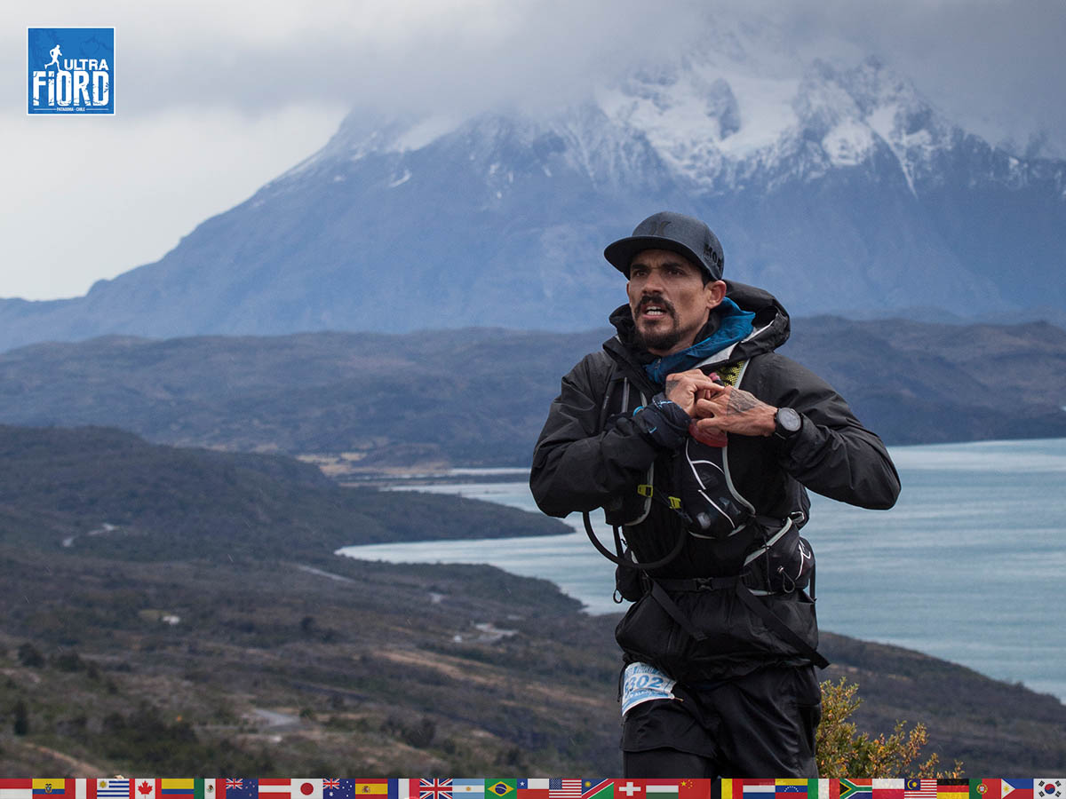 utf1904clsi0038FB; Ultra Trail Running in Patagonia, Chile; Ultra Fiord Fifth Edition 2019; Torres del Paine; Última Esperanza; Puerto Natales; Patagonia Running Ultra Trail; Claudio Silva