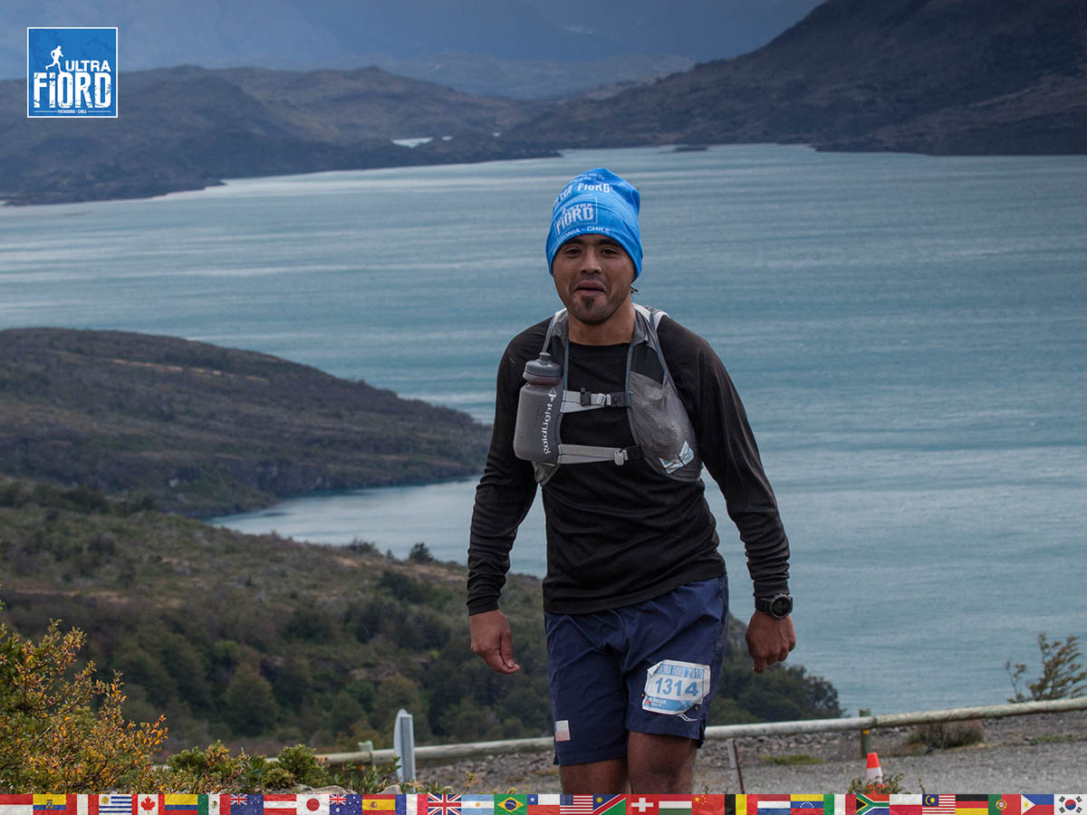 utf1904clsi0064FB; Ultra Trail Running in Patagonia, Chile; Ultra Fiord Fifth Edition 2019; Torres del Paine; Última Esperanza; Puerto Natales; Patagonia Running Ultra Trail; Claudio Silva