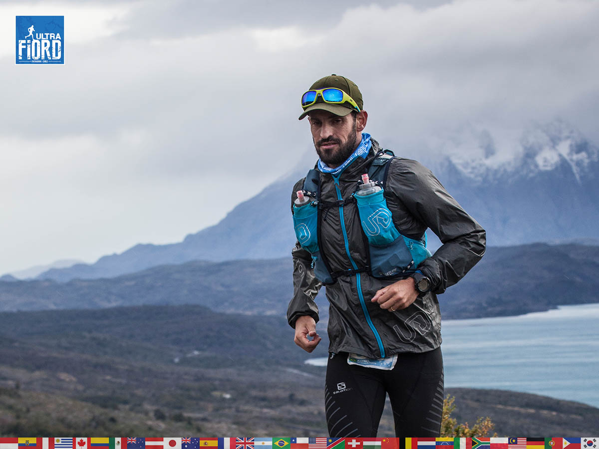 utf1904clsi0097FB; Ultra Trail Running in Patagonia, Chile; Ultra Fiord Fifth Edition 2019; Torres del Paine; Última Esperanza; Puerto Natales; Patagonia Running Ultra Trail; Claudio Silva