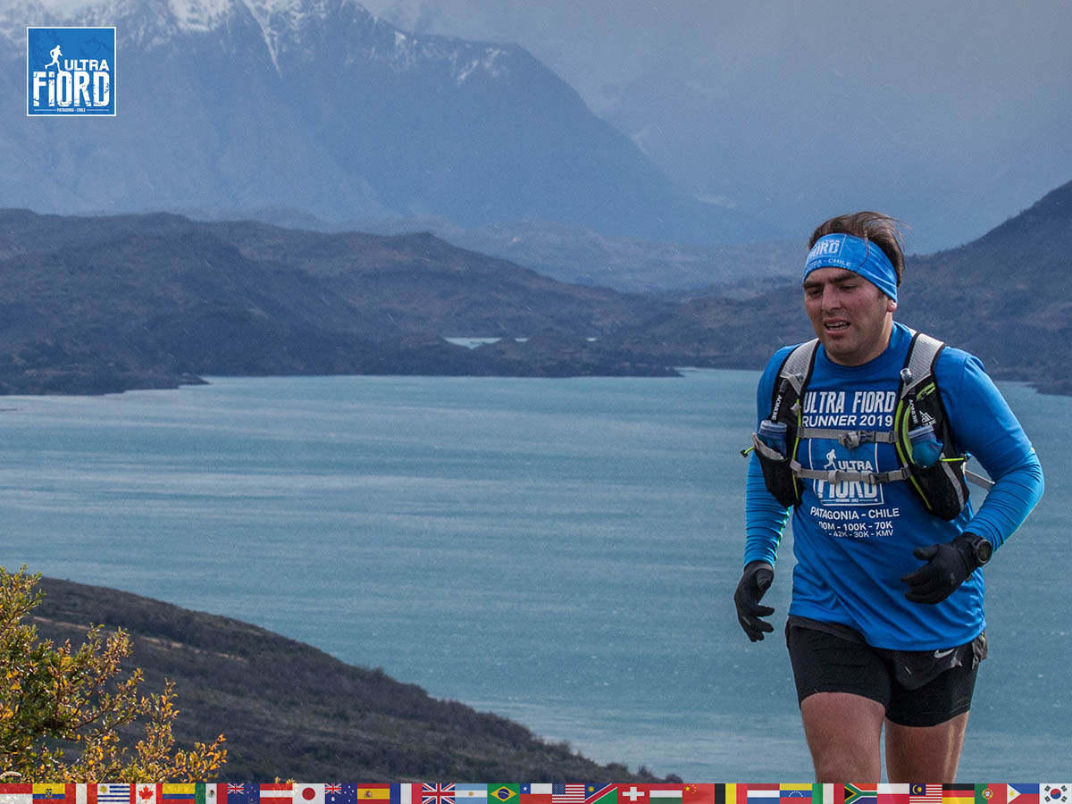 utf1904clsi0166FB; Ultra Trail Running in Patagonia, Chile; Ultra Fiord Fifth Edition 2019; Torres del Paine; Última Esperanza; Puerto Natales; Patagonia Running Ultra Trail; Claudio Silva
