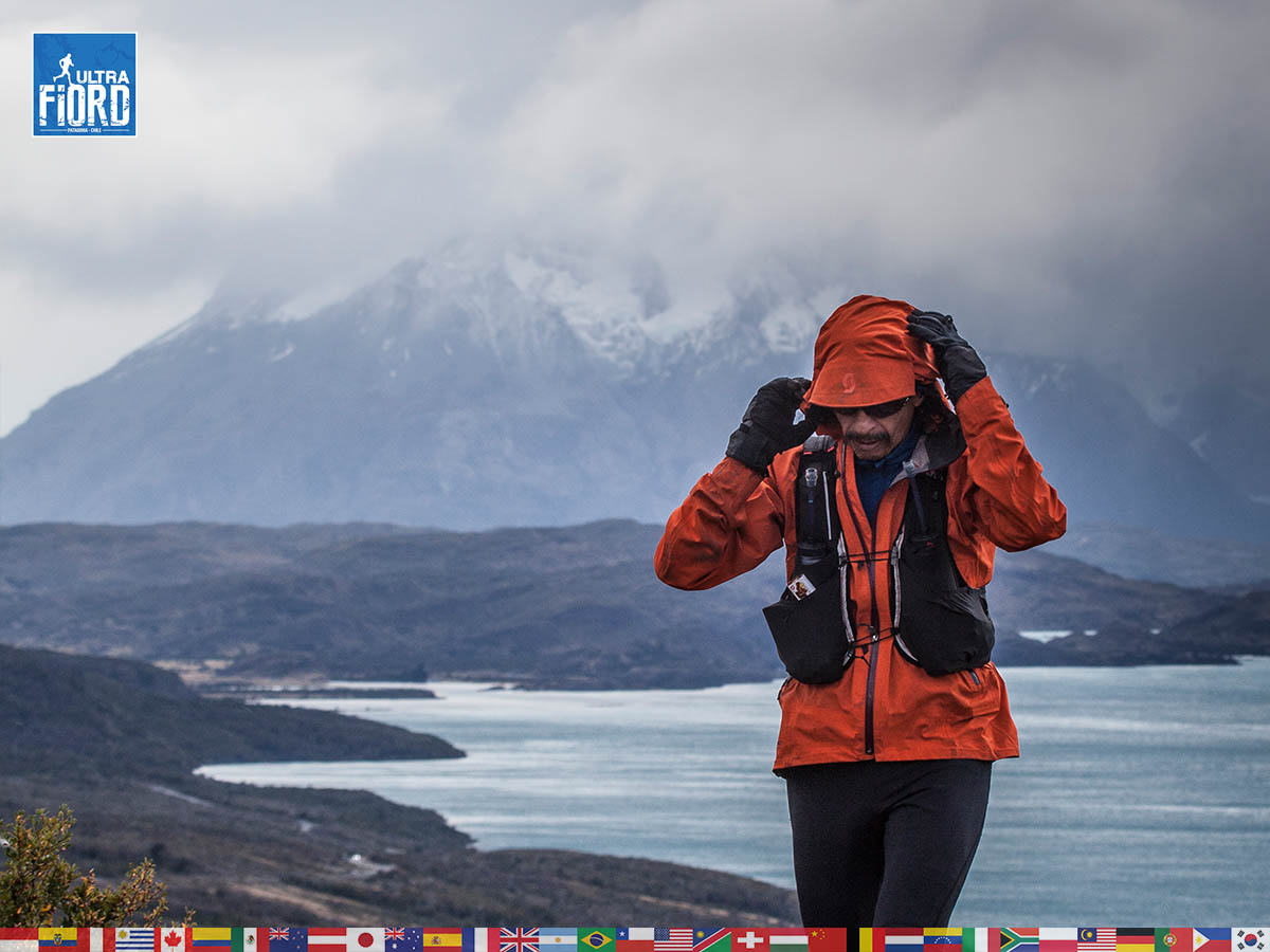 utf1904clsi0232FB Ultra Trail Running in Patagonia, Chile; Ultra Fiord Fifth Edition 2019; Torres del Paine; Última Esperanza; Puerto Natales; Patagonia Running Ultra Trail; Claudio Silva
