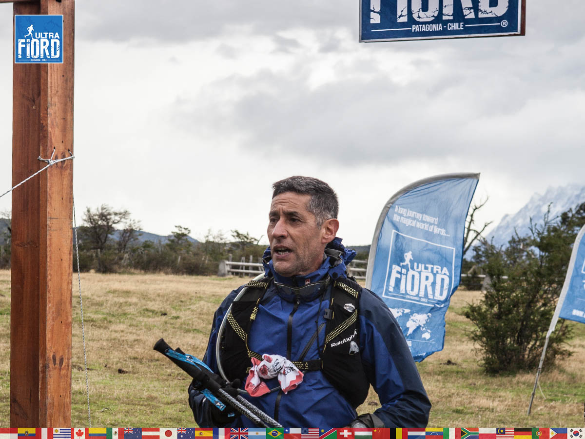 utf1904clsi0256FB Ultra Trail Running in Patagonia, Chile; Ultra Fiord Fifth Edition 2019; Torres del Paine; Última Esperanza; Puerto Natales; Patagonia Running Ultra Trail; Claudio Silva