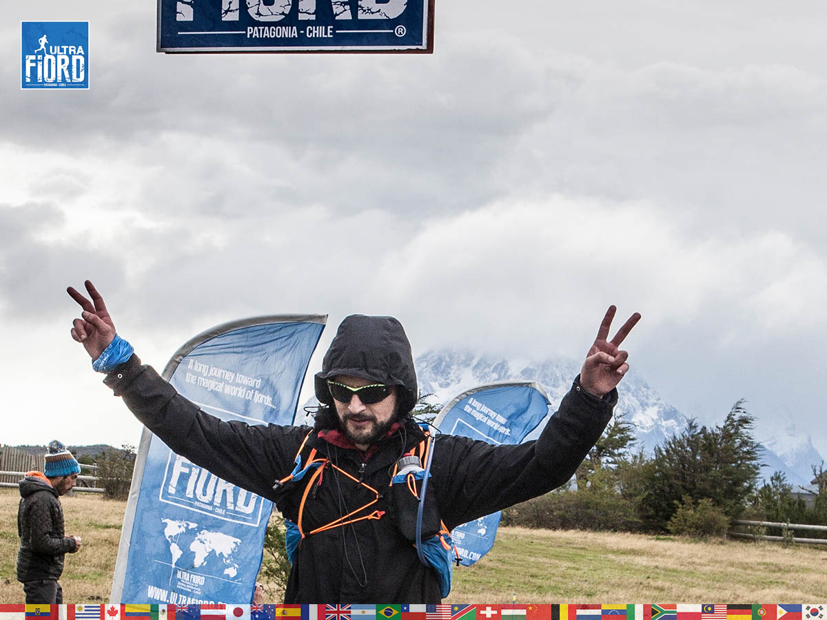 utf1904clsi0265FB Ultra Trail Running in Patagonia, Chile; Ultra Fiord Fifth Edition 2019; Torres del Paine; Última Esperanza; Puerto Natales; Patagonia Running Ultra Trail; Claudio Silva