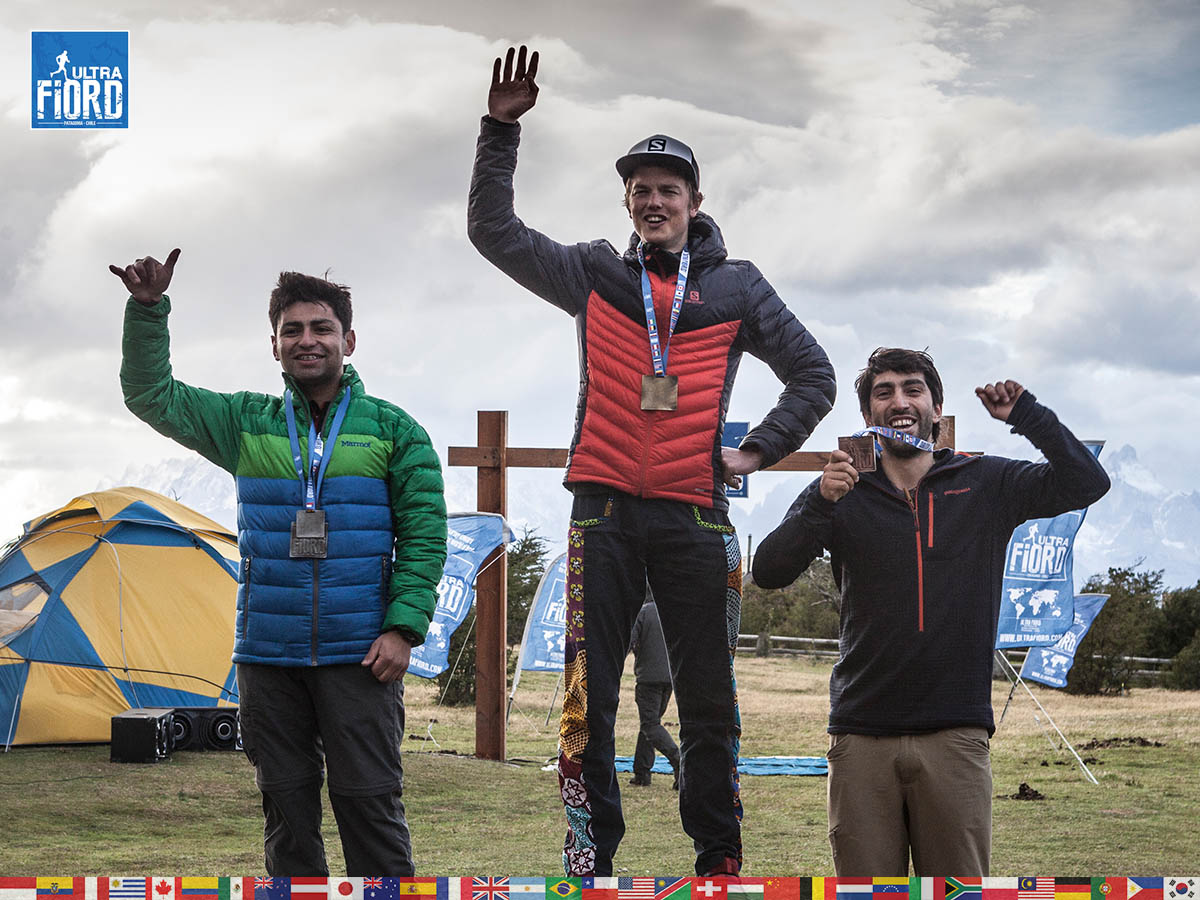 utf1904clsi0299FB Ultra Trail Running in Patagonia, Chile; Ultra Fiord Fifth Edition 2019; Torres del Paine; Última Esperanza; Puerto Natales; Patagonia Running Ultra Trail; Claudio Silva