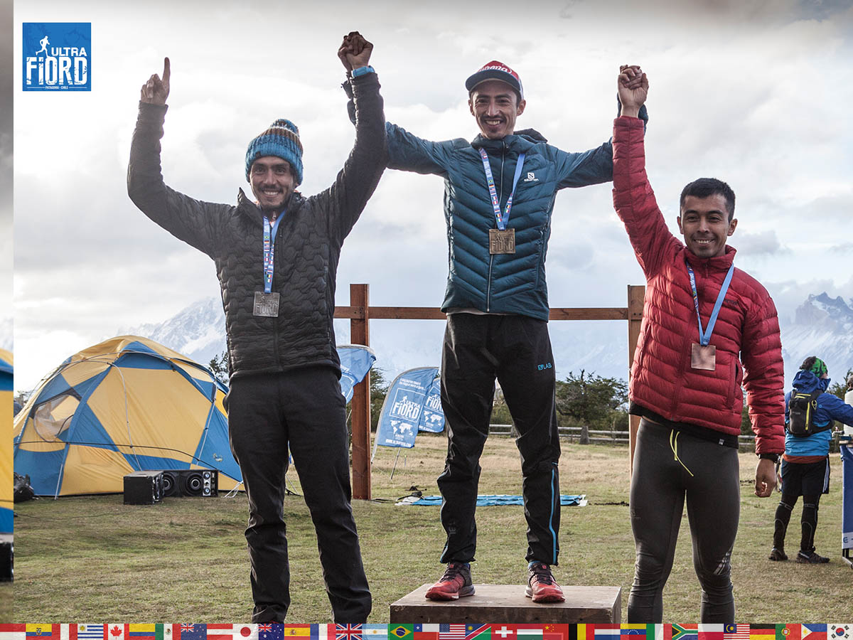 utf1904clsi0305FB Ultra Trail Running in Patagonia, Chile; Ultra Fiord Fifth Edition 2019; Torres del Paine; Última Esperanza; Puerto Natales; Patagonia Running Ultra Trail; Claudio Silva