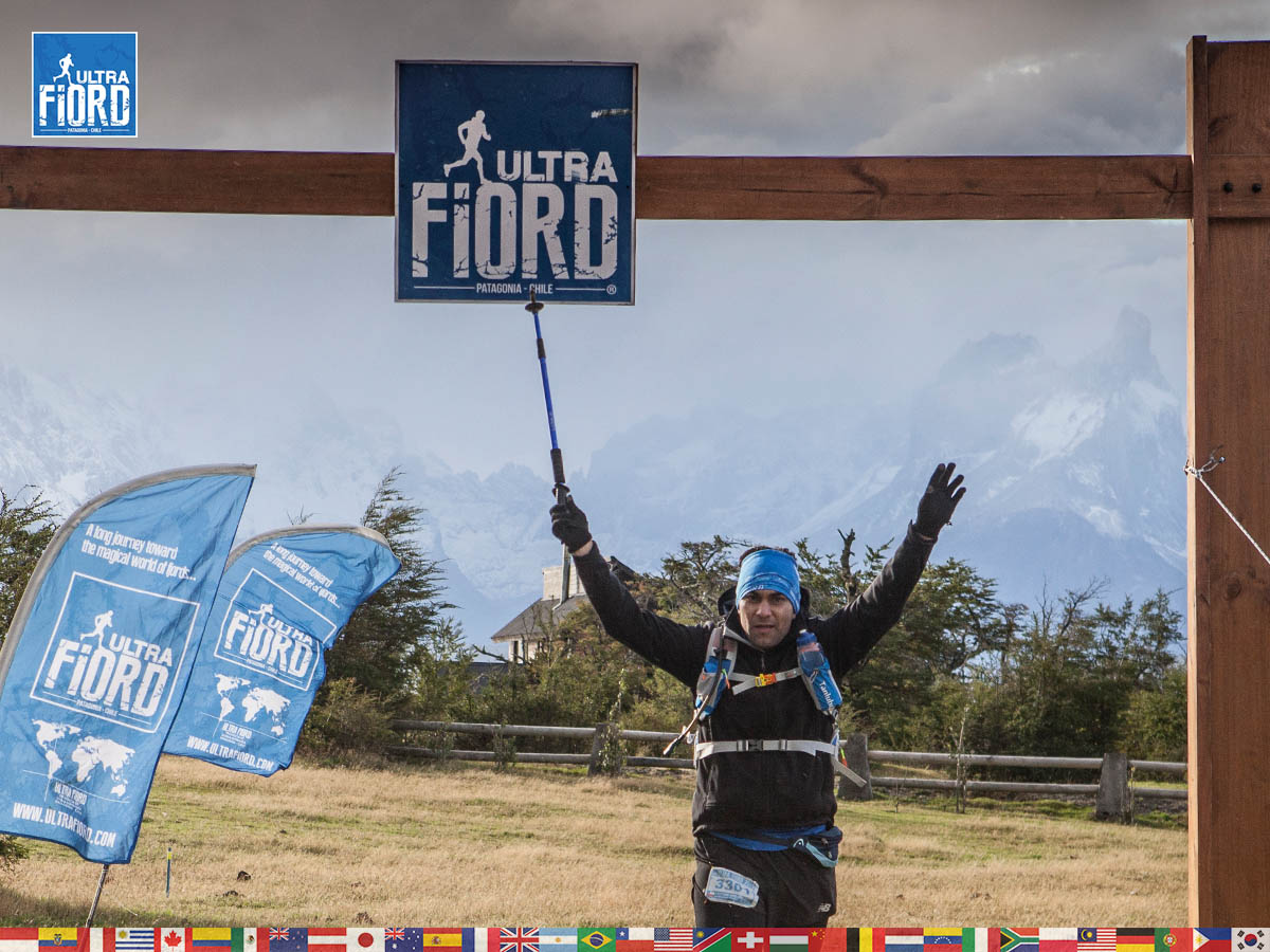 utf1904clsi0308FB Ultra Trail Running in Patagonia, Chile; Ultra Fiord Fifth Edition 2019; Torres del Paine; Última Esperanza; Puerto Natales; Patagonia Running Ultra Trail; Claudio Silva