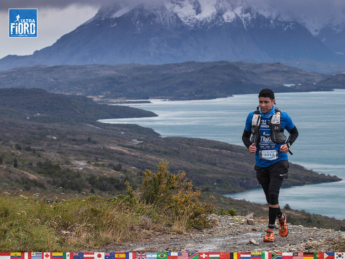utf1904clsi1904FB; Ultra Trail Running in Patagonia, Chile; Ultra Fiord Fifth Edition 2019; Torres del Paine; Última Esperanza; Puerto Natales; Patagonia Running Ultra Trail; Claudio Silva