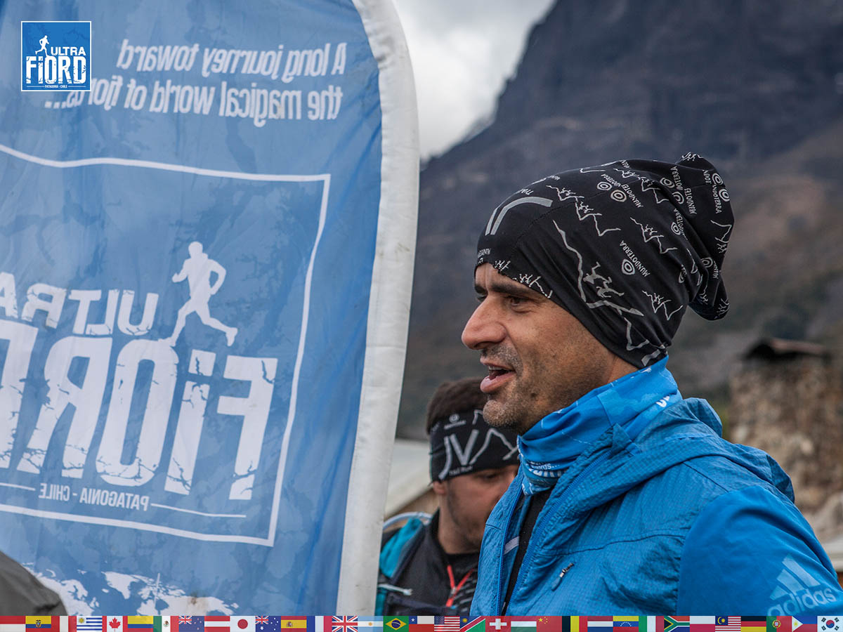 utf1904clsi9676FB; Ultra Trail Running in Patagonia, Chile; Ultra Fiord Fifth Edition 2019; Torres del Paine; Última Esperanza; Puerto Natales; Patagonia Running Ultra Trail; Claudio Silva