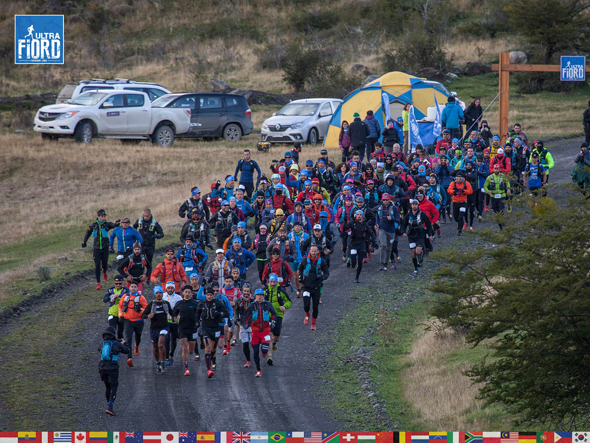 utf1904clsi9918FB; Ultra Trail Running in Patagonia, Chile; Ultra Fiord Fifth Edition 2019; Torres del Paine; Última Esperanza; Puerto Natales; Patagonia Running Ultra Trail; Claudio Silva