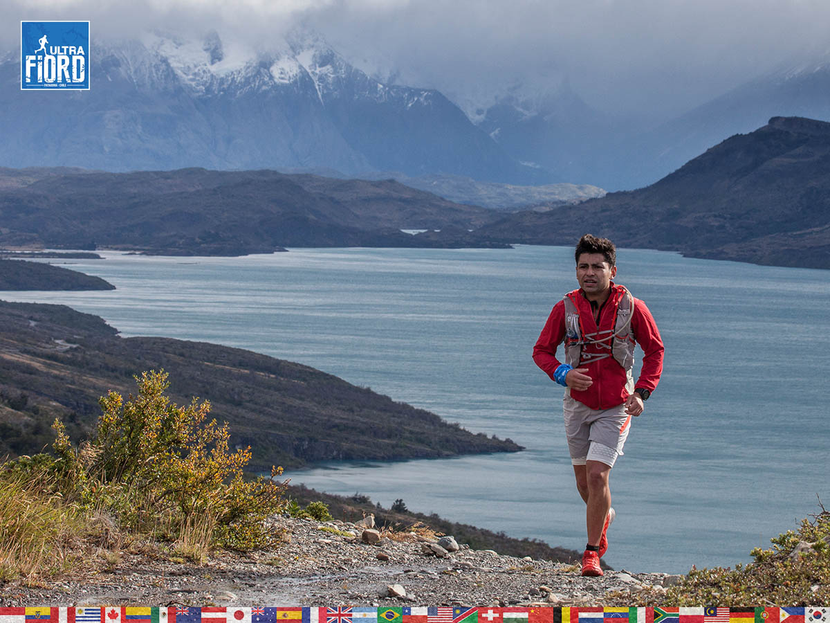 utf1904clsi9993FB; Ultra Trail Running in Patagonia, Chile; Ultra Fiord Fifth Edition 2019; Torres del Paine; Última Esperanza; Puerto Natales; Patagonia Running Ultra Trail; Claudio Silva
