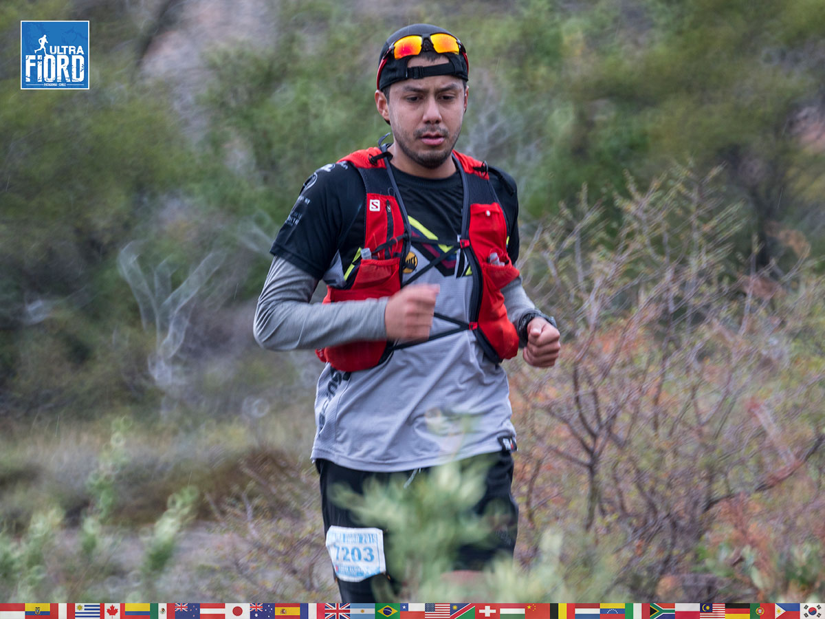 utf1904waal5290FB; Ultra Trail Running in Patagonia, Chile; Ultra Fiord Fifth Edition 2019; Torres del Paine; Última Esperanza; Puerto Natales; Patagonia Running Ultra Trail; Walter Alvial